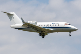 xingyeさんが、成田国際空港で撮影したLife Flight Singapore CL-600-2B16 Challenger 604の航空フォト(飛行機 写真・画像)