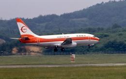 LEVEL789さんが、岡山空港で撮影した南西航空 737-205/Advの航空フォト(飛行機 写真・画像)