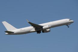 kuraykiさんが、成田国際空港で撮影したアビアスター 757-223(PCF)の航空フォト(飛行機 写真・画像)