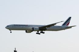 ぎんじろーさんが、成田国際空港で撮影したエールフランス航空 777-328/ERの航空フォト(飛行機 写真・画像)