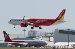 ぎんじろーさんが、成田国際空港で撮影したベトジェットエア A321-271NXの航空フォト(飛行機 写真・画像)