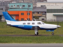 YaoRJOYさんが、八尾空港で撮影した日本法人所有 PA-46-310P Malibuの航空フォト(飛行機 写真・画像)