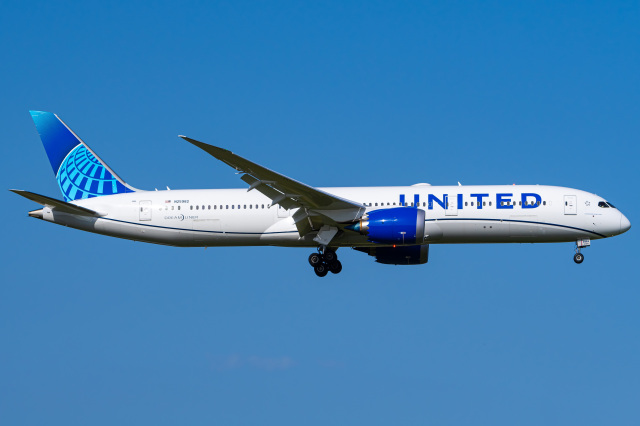 航空フォト:N25982 ユナイテッド航空 787-9
