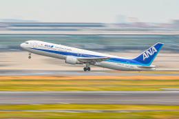 KAMIYA JASDFさんが、羽田空港で撮影した全日空 767-381/ERの航空フォト(飛行機 写真・画像)
