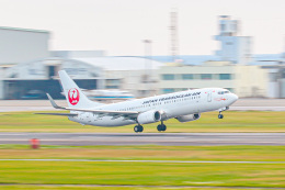KAMIYA JASDFさんが、那覇空港で撮影した日本トランスオーシャン航空 737-8Q3の航空フォト(飛行機 写真・画像)