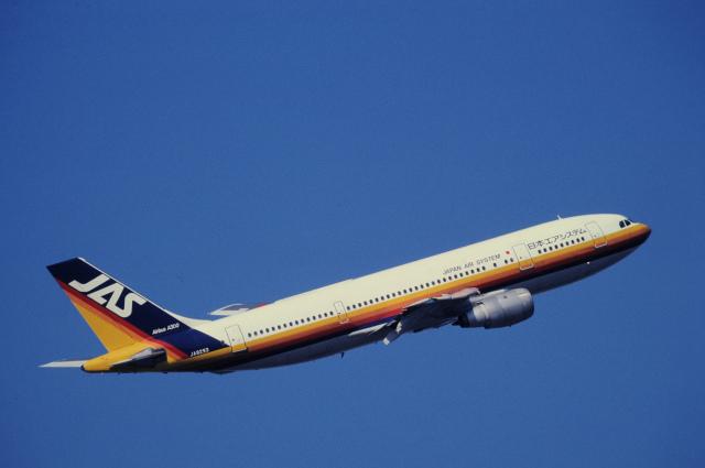 チャーリーマイクさんが、羽田空港で撮影した日本エアシステム A300B4-2Cの航空フォト(飛行機 写真・画像)