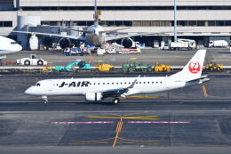 ポン太さんが、羽田空港で撮影したジェイエア ERJ-190-100(ERJ-190STD)の航空フォト(飛行機 写真・画像)
