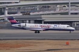 HEATHROWさんが、伊丹空港で撮影したアイベックスエアラインズ CL-600-2C10 Regional Jet CRJ-702の航空フォト(飛行機 写真・画像)