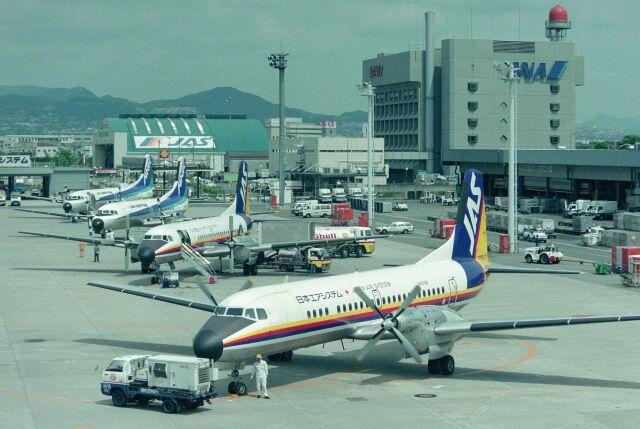 kotaちゃんさんが、伊丹空港で撮影した日本エアシステム YS-11A-500の航空フォト(飛行機 写真・画像)