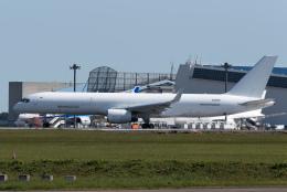 ぎんじろーさんが、成田国際空港で撮影したアビアスター 757-223(PCF)の航空フォト(飛行機 写真・画像)