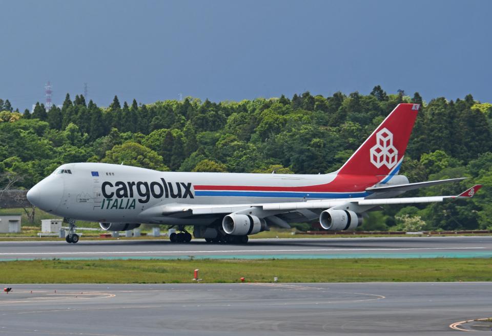 チャーリーマイクさんのカーゴルクス・イタリア Boeing 747-400 (LX-SCV) 航空フォト