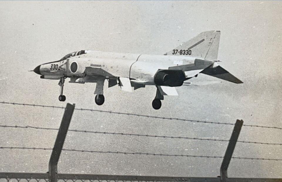 KOMAKIYAMAさんの航空自衛隊 Mitsubishi F-4EJ Phantom II (47-8330) 航空フォト