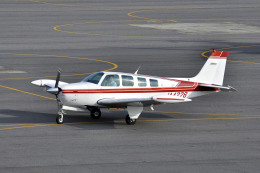 Gambardierさんが、岡南飛行場で撮影した日本個人所有 A36 Bonanza 36の航空フォト(飛行機 写真・画像)