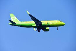 まいけるさんが、スワンナプーム国際空港で撮影したS7航空 A320-271Nの航空フォト(飛行機 写真・画像)