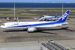 ちゅういちさんが、羽田空港で撮影した全日空 767-381/ERの航空フォト(飛行機 写真・画像)