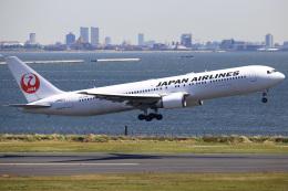 ちゅういちさんが、羽田空港で撮影した日本航空 767-346/ERの航空フォト(飛行機 写真・画像)