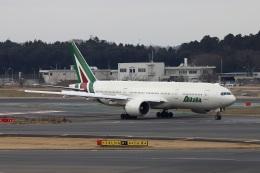 kan787allさんが、成田国際空港で撮影したアリタリア航空 777-243/ERの航空フォト(飛行機 写真・画像)
