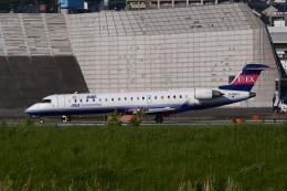 TOPAZ102さんが、伊丹空港で撮影したアイベックスエアラインズ CL-600-2C10 Regional Jet CRJ-702の航空フォト(飛行機 写真・画像)