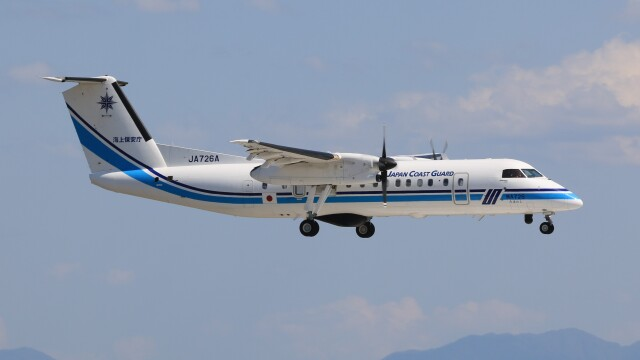 JP4さんが、米子空港で撮影した海上保安庁 DHC-8-315Q Dash 8の航空フォト(飛行機 写真・画像)