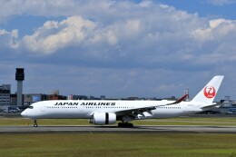 mat-matさんが、伊丹空港で撮影した日本航空 A350-941の航空フォト(飛行機 写真・画像)