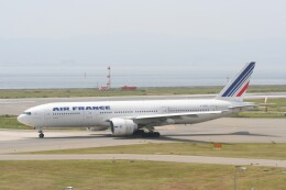 NIKEさんが、関西国際空港で撮影したエールフランス航空 777-228/ERの航空フォト(飛行機 写真・画像)