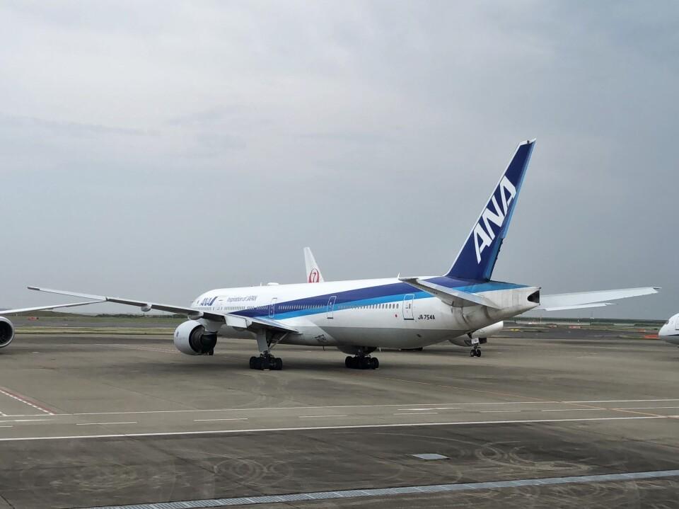 Smyth Newmanさんの全日空 Boeing 777-300 (JA754A) 航空フォト