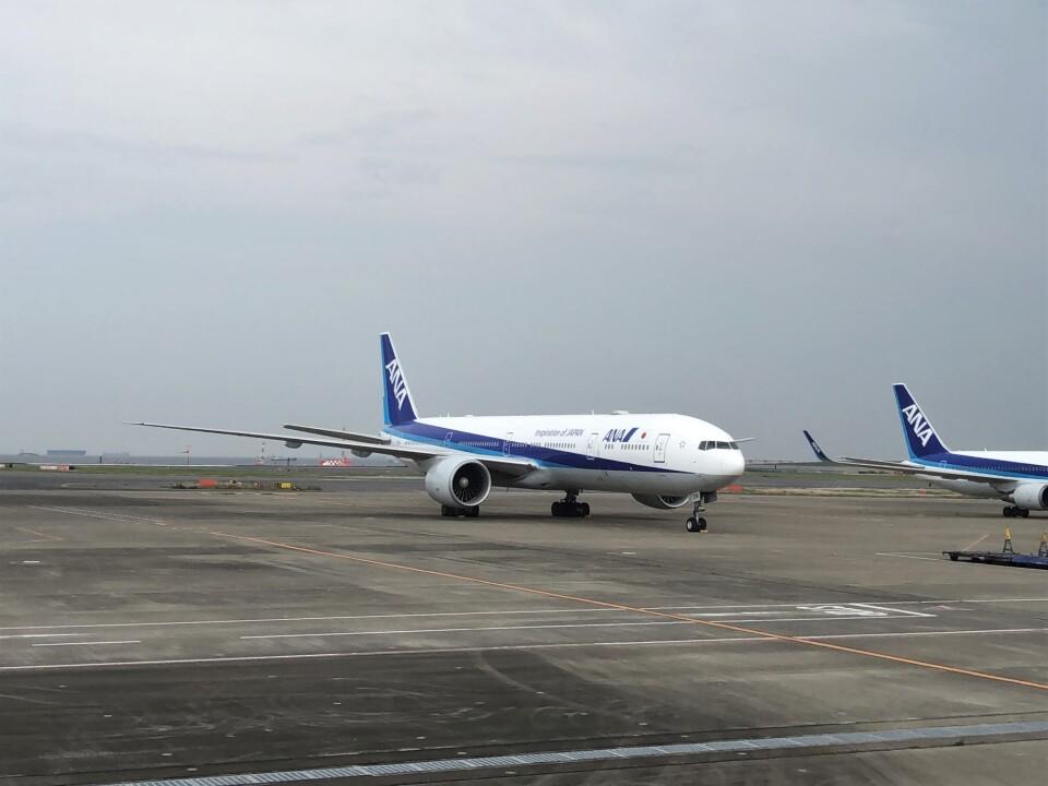 Smyth Newmanさんの全日空 Boeing 777-300 (JA779A) 航空フォト