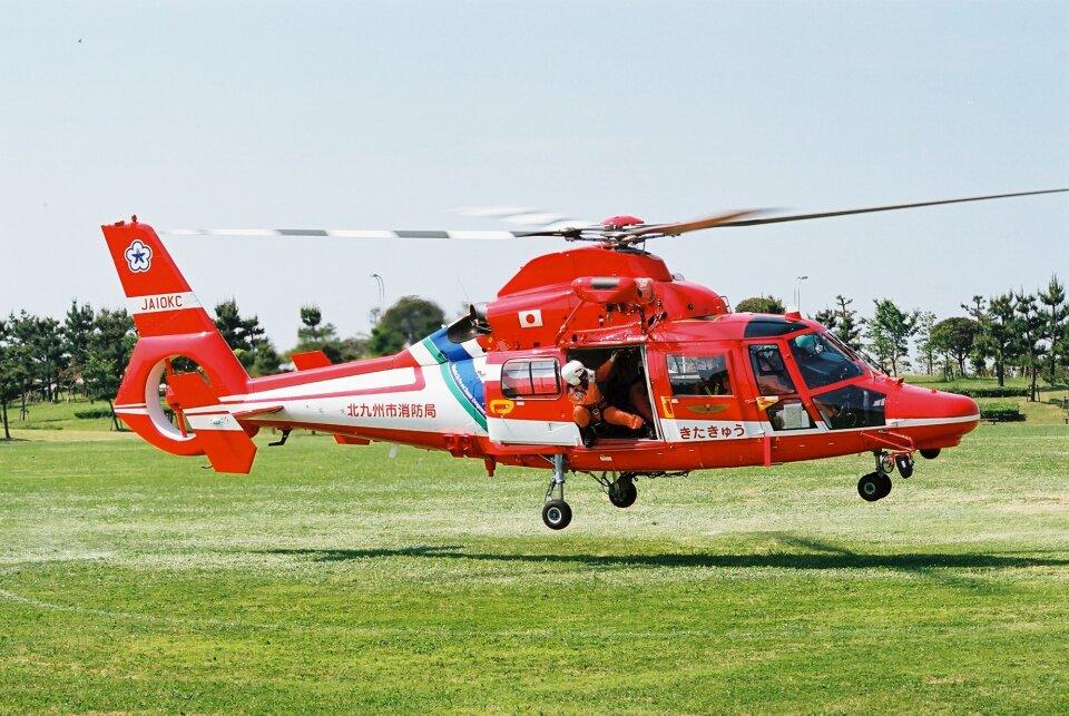 ゴンタさんの北九州市消防航空隊 Eurocopter AS365/565 Dauphin 2/Panther (JA10KC) 航空フォト