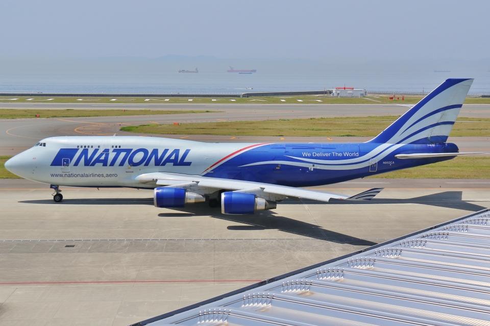 Wings Flapさんのナショナル・エアラインズ Boeing 747-400 (N952CA) 航空フォト