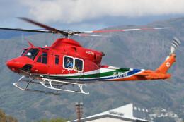 ほてるやんきーさんが、松本空港で撮影した長野県消防防災航空隊 412EPIの航空フォト(飛行機 写真・画像)