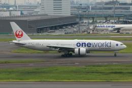 やつはしさんが、羽田空港で撮影した日本航空 777-246の航空フォト(飛行機 写真・画像)