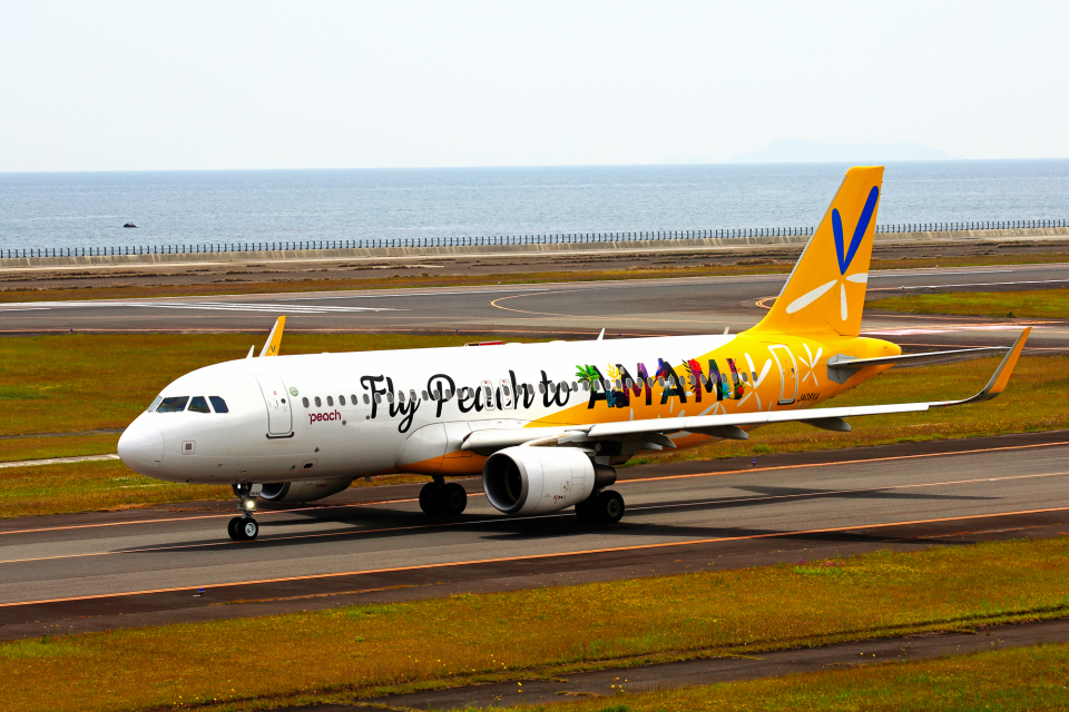 kiyochanさんのピーチ Airbus A320 (JA08VA) 航空フォト