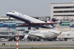 ITM44さんが、伊丹空港で撮影したアイベックスエアラインズ CL-600-2C10 Regional Jet CRJ-702ERの航空フォト(飛行機 写真・画像)