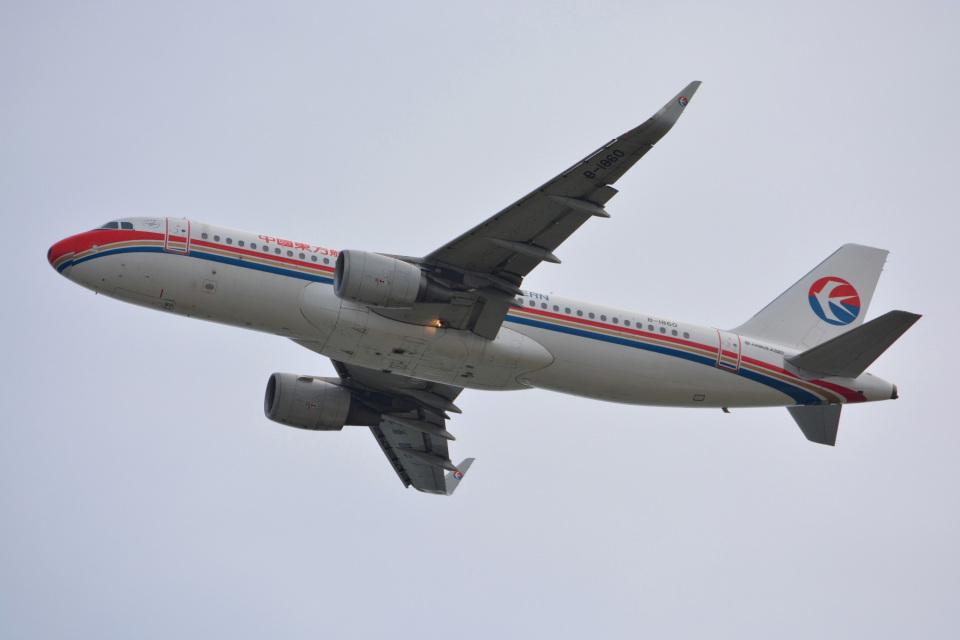 SKY☆101さんの中国東方航空 Airbus A320 (B-1860) 航空フォト
