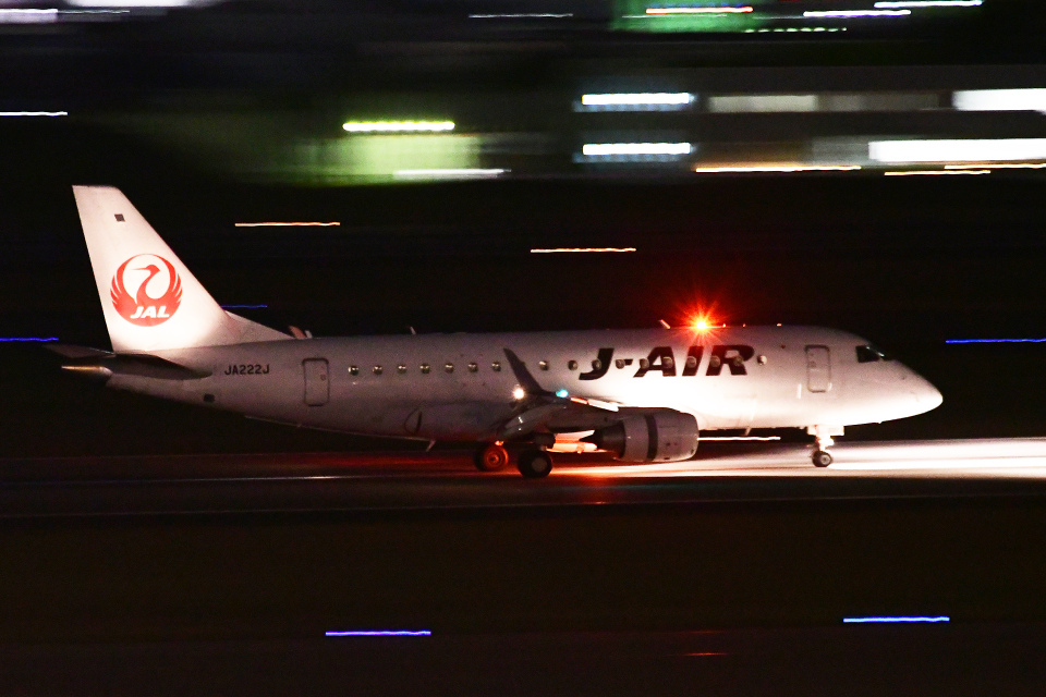TOPAZ102さんのジェイエア Embraer 170 (JA222J) 航空フォト