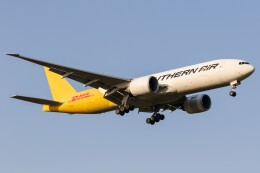walker2000さんが、成田国際空港で撮影したサザン・エア 777-FZBの航空フォト(飛行機 写真・画像)