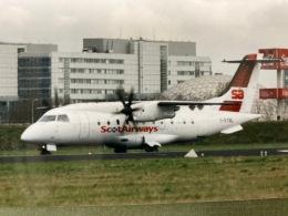 twinengineさんが、アムステルダム・スキポール国際空港で撮影したスコット・エアウェイズ 328-110の航空フォト(飛行機 写真・画像)