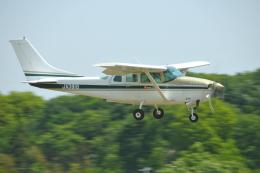 ヨッちゃんさんが、調布飛行場で撮影した川崎航空 TU206G Turbo Stationair 6 IIの航空フォト(飛行機 写真・画像)