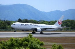 ヒロジーさんが、広島空港で撮影した日本航空 767-346の航空フォト(飛行機 写真・画像)