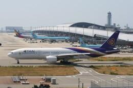 NIKEさんが、関西国際空港で撮影したタイ国際航空 777-2D7の航空フォト(飛行機 写真・画像)