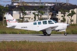 けいとパパさんが、八尾空港で撮影した日本個人所有 A36 Bonanza 36の航空フォト(飛行機 写真・画像)