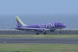 md11jbirdさんが、神戸空港で撮影したフジドリームエアラインズ ERJ-170-200 (ERJ-175STD)の航空フォト(飛行機 写真・画像)