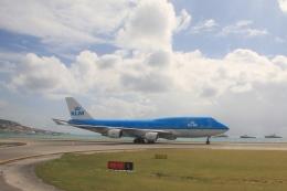 Hiro-hiroさんが、プリンセス・ジュリアナ国際空港で撮影したKLMオランダ航空 747-406の航空フォト(飛行機 写真・画像)