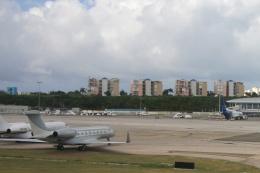 Hiro-hiroさんが、プリンセス・ジュリアナ国際空港で撮影したPrivate G650 (G-VI)の航空フォト(飛行機 写真・画像)