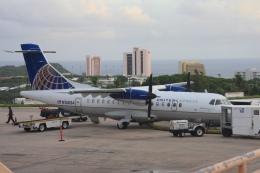 Hiro-hiroさんが、アントニオ・B・ウォン・パット国際空港で撮影したユナイテッド・エクスプレス ATR-42-320の航空フォト(飛行機 写真・画像)