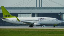 singapore346さんが、ミュンヘン・フランツヨーゼフシュトラウス空港で撮影したエア・バルティック 737-33Aの航空フォト(飛行機 写真・画像)