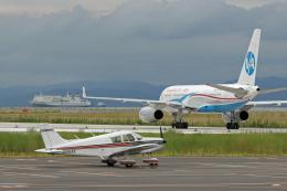 tsubameさんが、北九州空港で撮影した日本個人所有 PA-28-140 Cherokeeの航空フォト(飛行機 写真・画像)