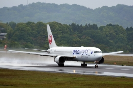 kukkuさんが、高松空港で撮影した日本航空 767-346の航空フォト(飛行機 写真・画像)