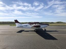 musaeru25cさんが、能登空港で撮影した日本航空学園 PA-28-161 Warrior IIの航空フォト(飛行機 写真・画像)