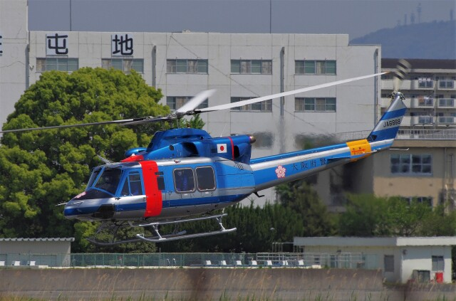 mild lifeさんが、八尾空港で撮影した大阪府警察 412EPの航空フォト(飛行機 写真・画像)
